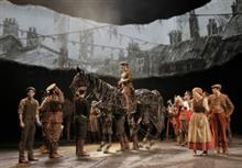 "How to be a ""War Horse"" Puppeteer"