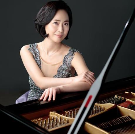Moonhee Hwang, piano recital