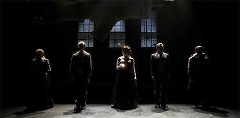 The cast of Apparition
