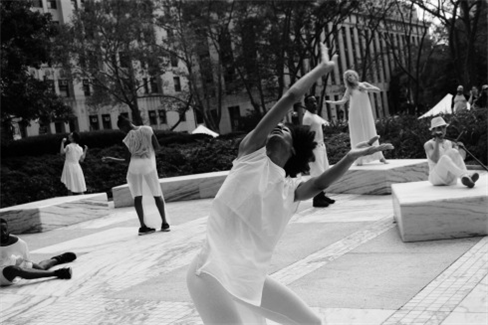 Heidi Latsky Dance, photo by Charlotte Jones