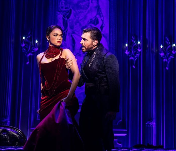 TDF Stages: Swarovski Crystals Are a Girl's Best Friend in 'Moulin Rouge!'